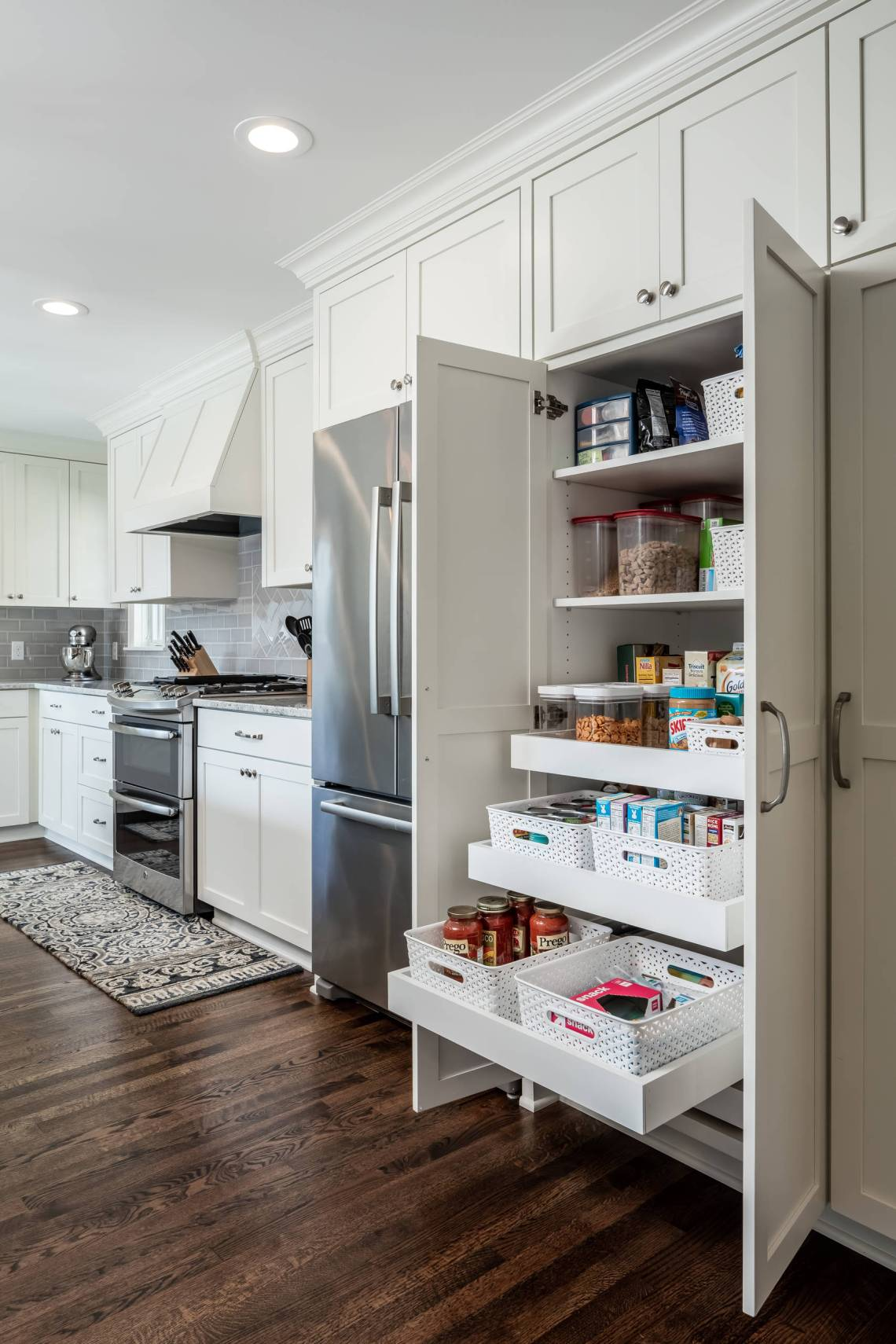 75 Beautiful Kitchen Pantry Pictures Ideas August 2021 Houzz