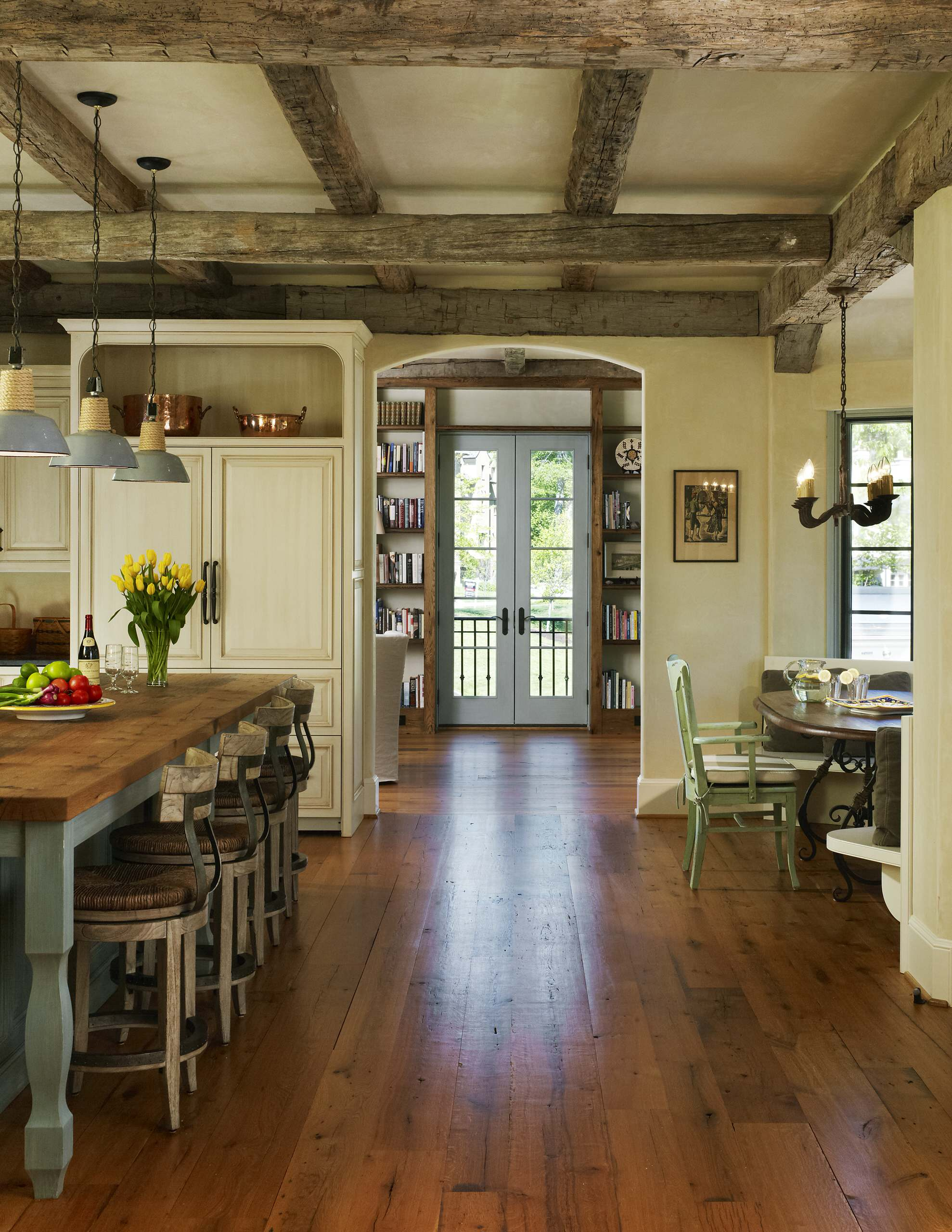 French Country Flooring : french, country, flooring, Beautiful, French, Country, Design, Houzz, Pictures, Ideas, March,
