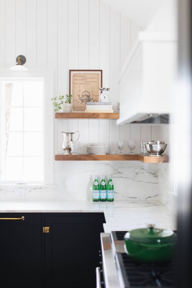 75 Beautiful Kitchen Pantry With Black Cabinets Pictures Ideas January 2021 Houzz