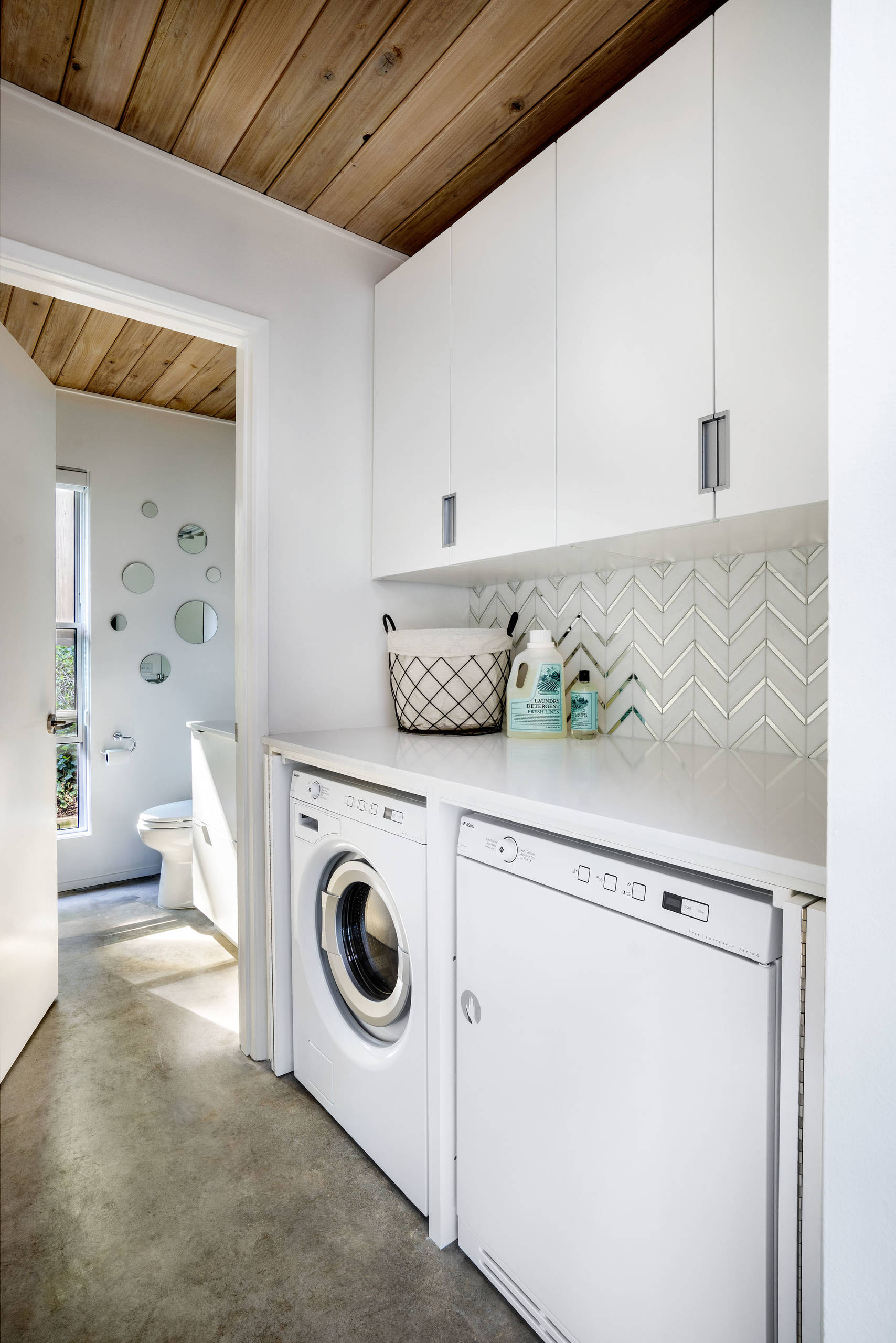 Century Laundry : century, laundry, Beautiful, Mid-Century, Modern, Laundry, Pictures, Ideas, March,, Houzz