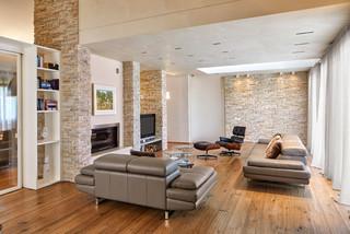 soggiorno moderno con parete in pietra miami 2021. Parete In Pietra Con Tv Foto E Idee Houzz