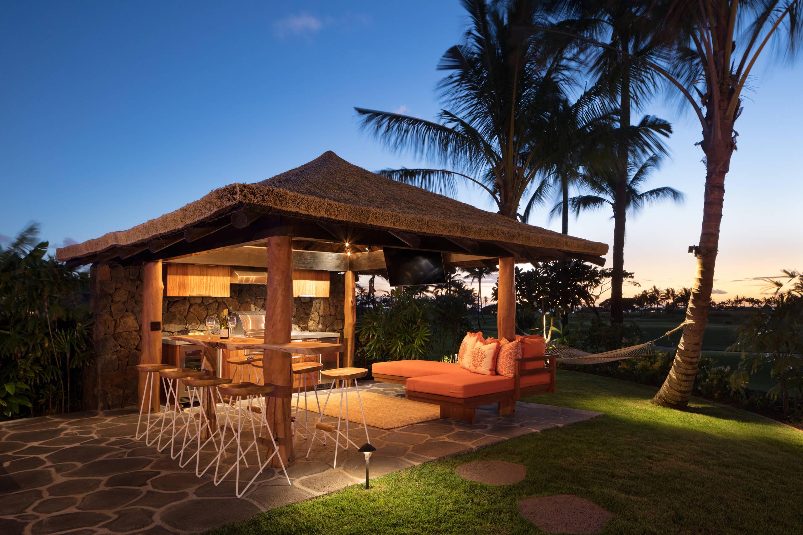 tropical outdoor kitchen design