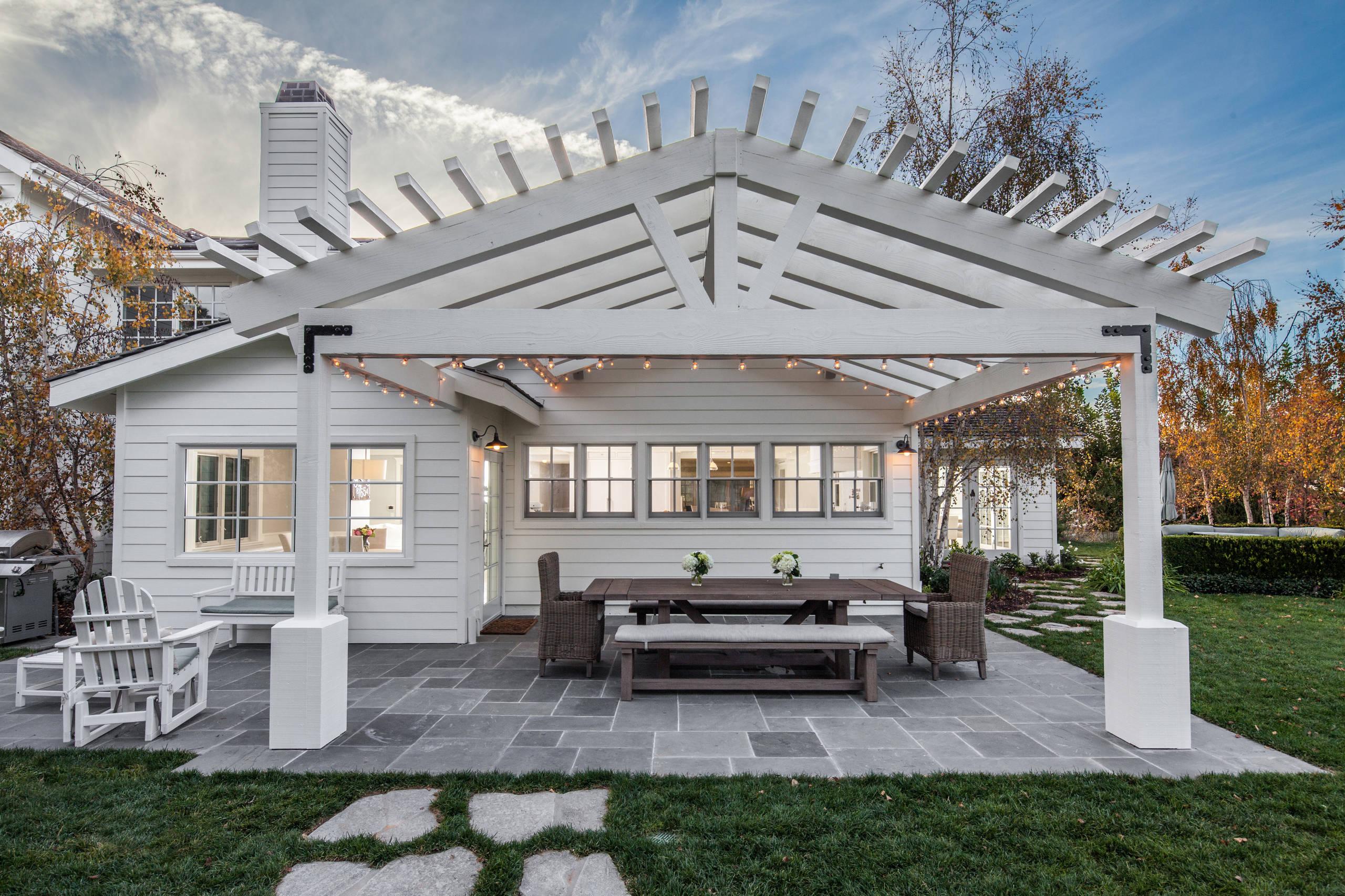 farmhouse patio pictures ideas