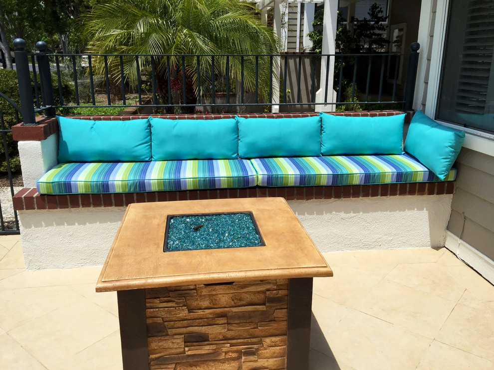 outdoor built in bench seating cushions