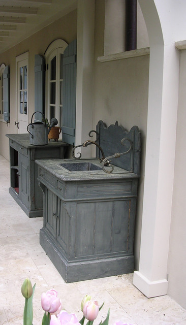 outdoor sink american traditional
