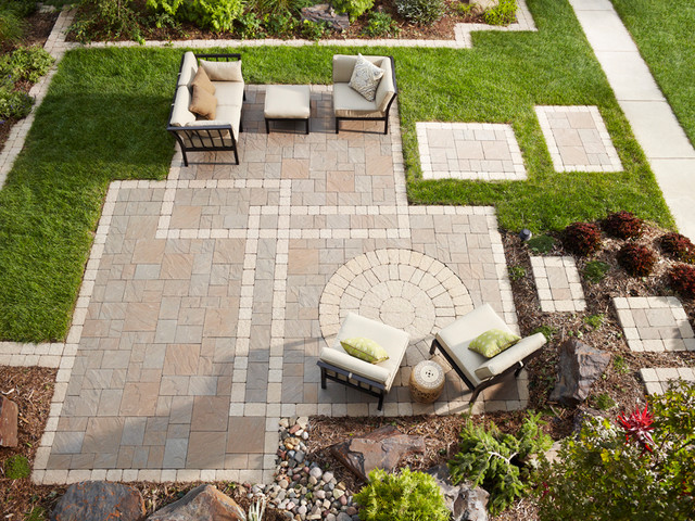paver patio edging and stepping stones