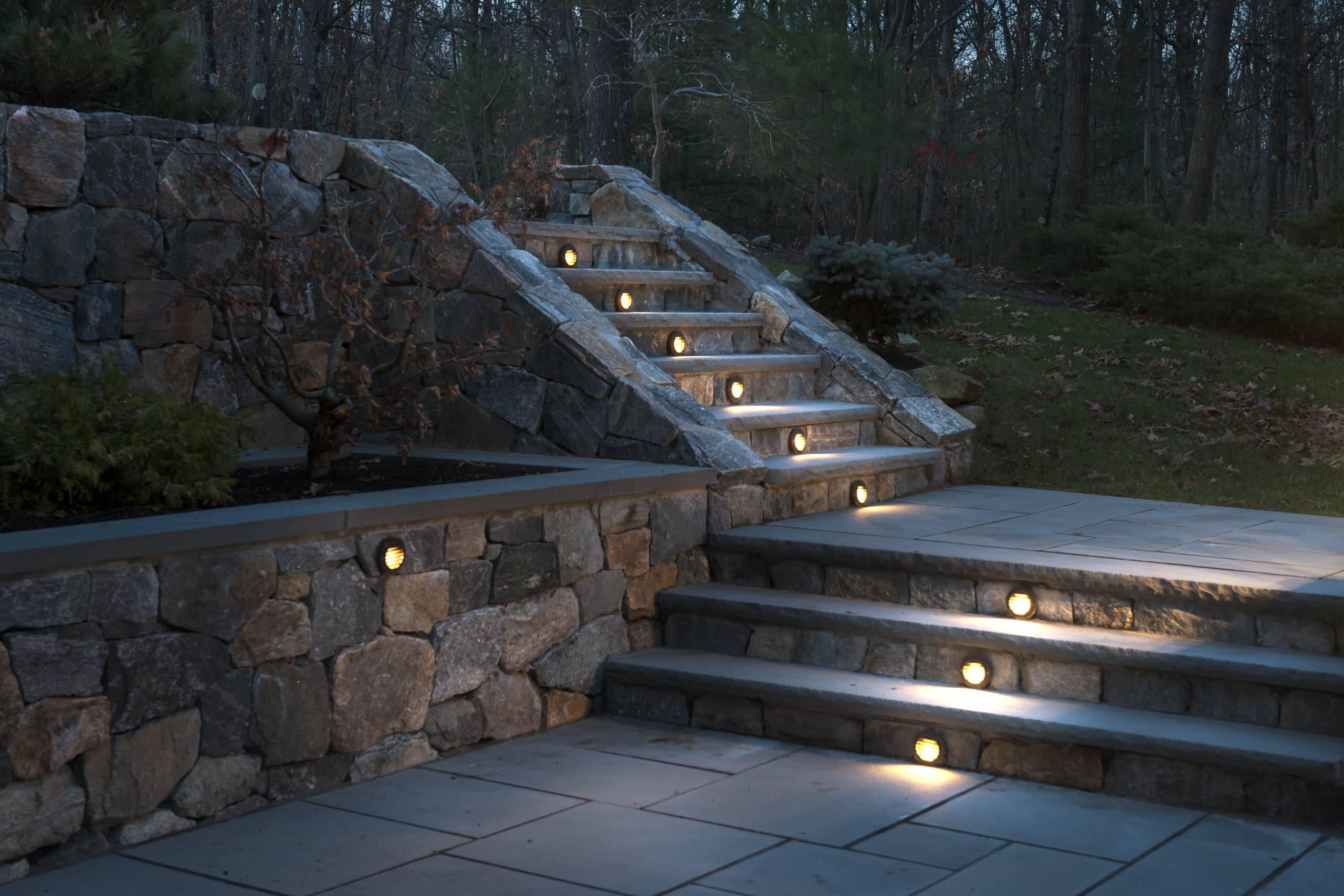 retaining wall lighting houzz