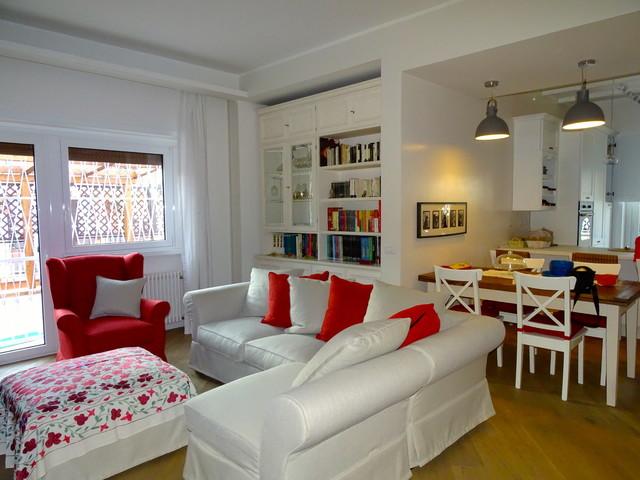 Stile cottage sulla spiaggia, soggiorno shabby chic, abitazioni shabby chic,. Ristrutturazione Attico In Stile Country Chic Farmhouse Family Room Rome By Nicarch Houzz