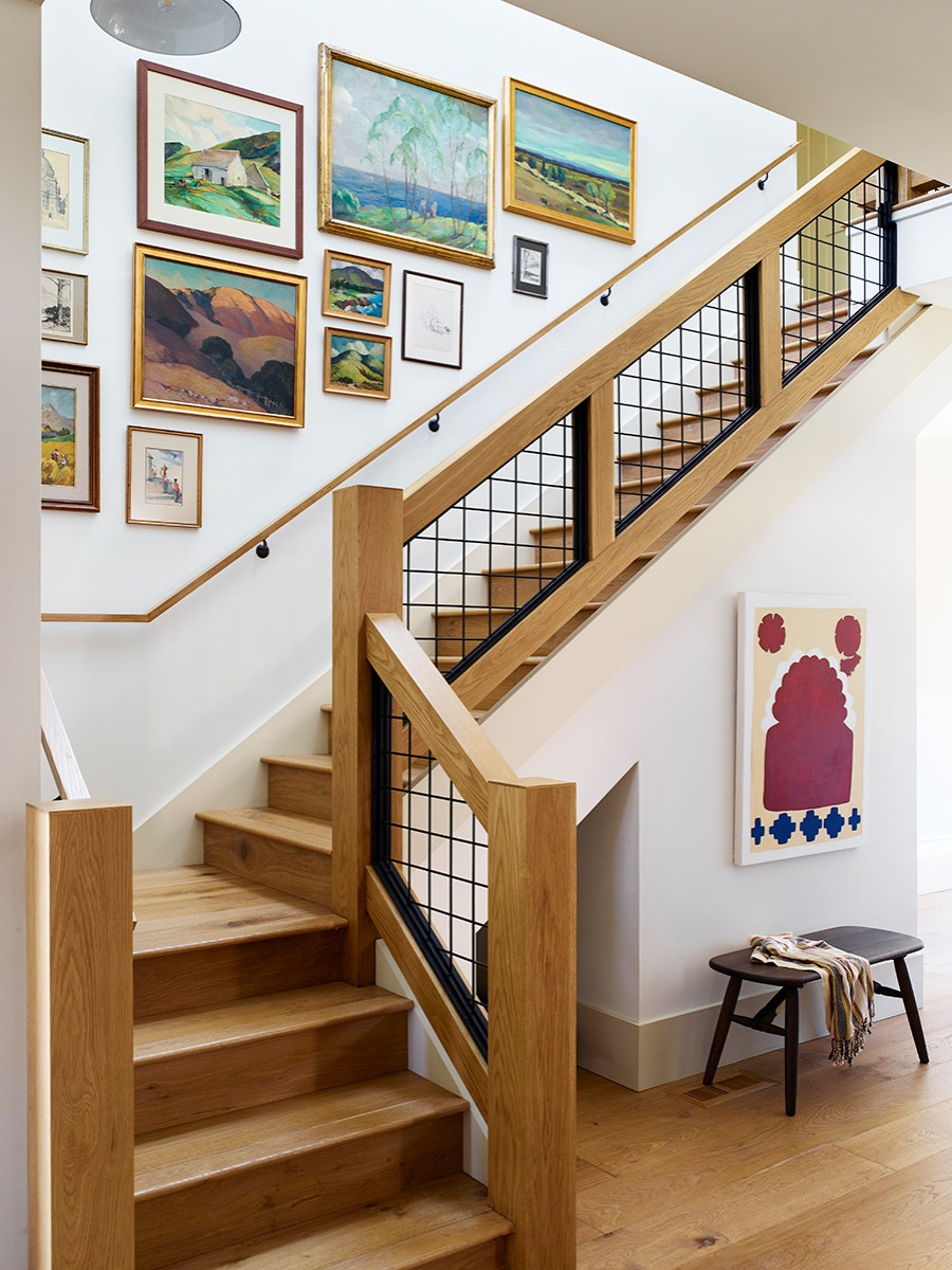 75 Beautiful Staircase Pictures Ideas September 2020 Houzz | House Stair Design Outside | Outside Staircase Grill | Backyard Stair | Unique | Low Cost | Recent