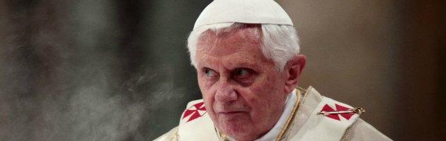 https://i0.wp.com/st.ilfattoquotidiano.it/wp-content/uploads/2013/02/ratzinger-interna-nuova-2.jpg
