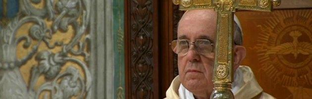 https://i0.wp.com/st.ilfattoquotidiano.it/wp-content/uploads/2013/03/bergoglio-messa-interna-nuova.jpg