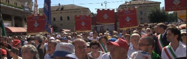 """Strage di Bologna, 33 anni dopo. Il ministro Delrio: """"Presto i risarcimenti ai familiari"""""""