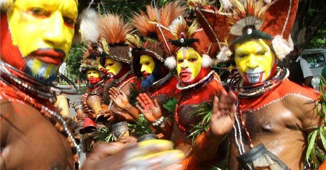 Caccia alle streghe in Papua Nuova Guinea sei donne e bambine massacrate  Il Fatto Quotidiano