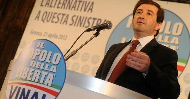 Genova, l'ex delfino di Scajola cambia verso: Vinai con Renzi (come Burlando)