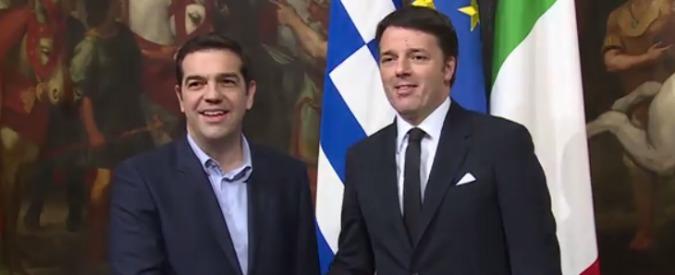 """Grecia, Renzi scarica Alexis Tsipras: """"Decisione della Bce legittima e opportuna"""""""