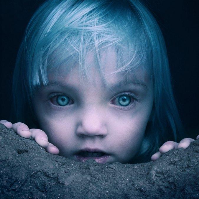 Azzurrina il film horror sulla leggenda della bambina albina scomparsa nel castello  Il Fatto