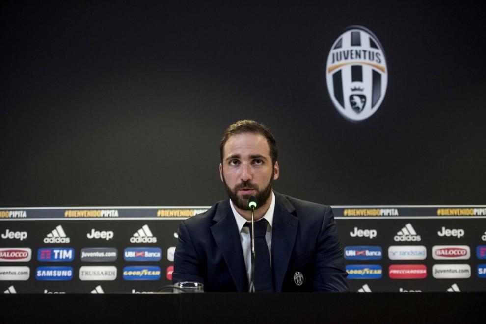 Calciomercato Juventus Higuain Sono andato via dal Napoli per De Laurentiis I bianconeri per vincere  Foto e Video  Il Fatto Quotidiano