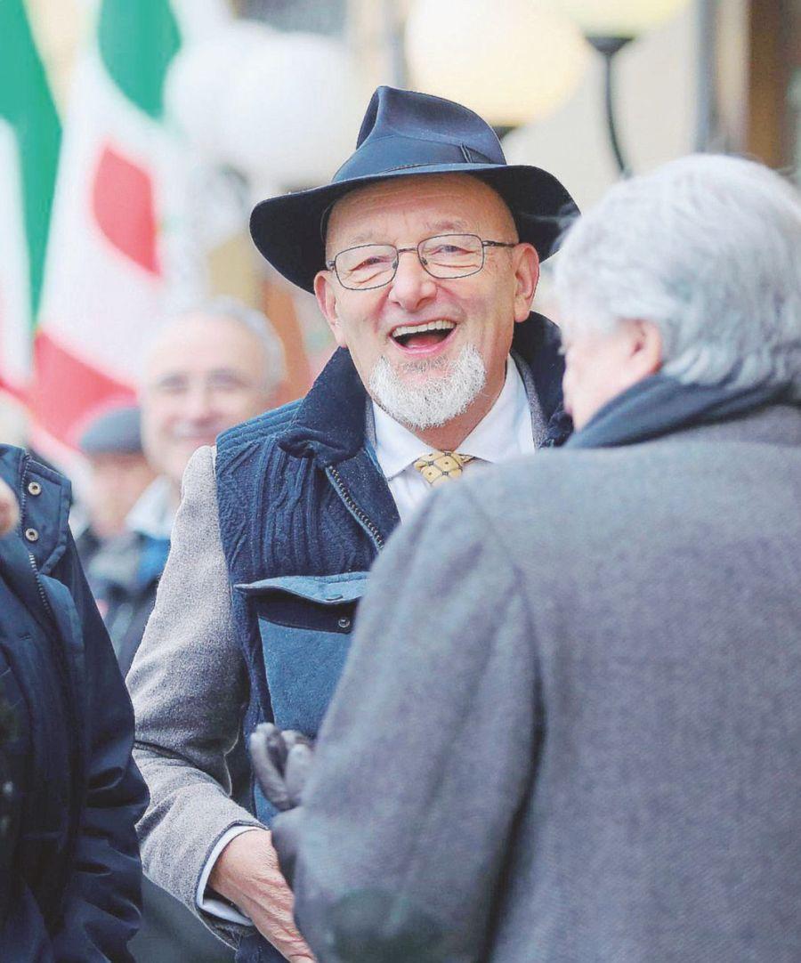 L'amico di Tiziano, il Giglio Magico e la gara da 2,7 mld