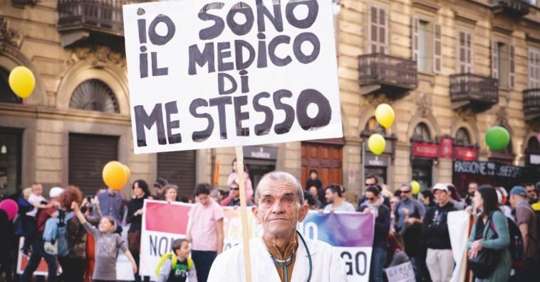 I no vax in Italia sono meno di quanto si pensi (e si legga)