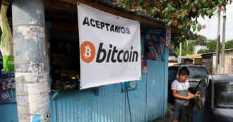 El Salvador now accepts Bitcoin: it is the first country in the world to adopt it as legal currency