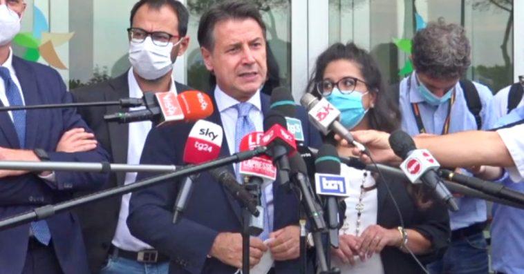 """Conte dopo il vertice con il ministro Cingolani: """"Salvini vuole il nucleare? Può trasferirsi in Francia"""""""