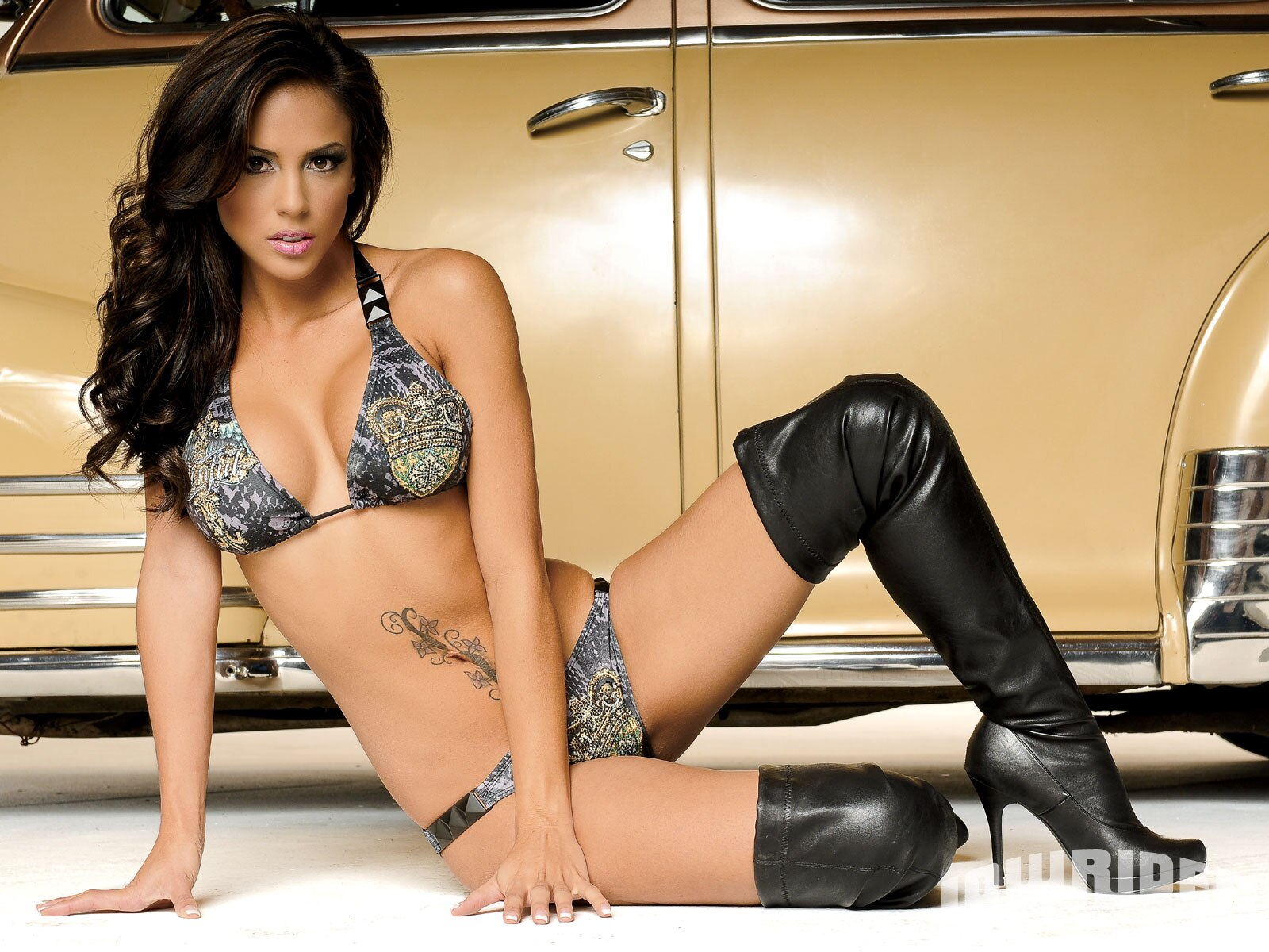 Fast Car Wallpaper For Bedroom Melissa Lowrider Girls Model Lowrider Girls Magazine