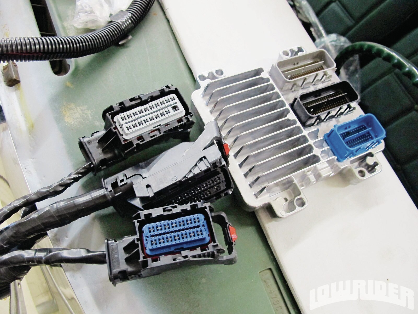 hight resolution of 1204 lrmp 25 o gm performance ls3 harness and engine computer lowrider rh lowrider com lq9 wiring harness diagram ls3 engine harness