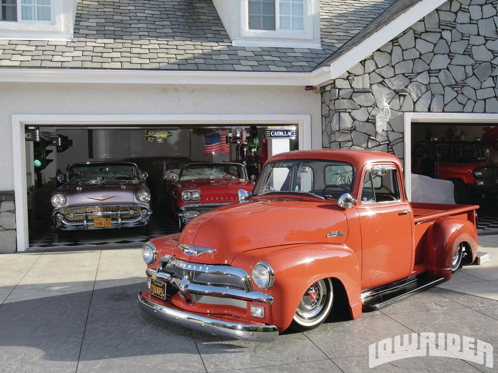 Two Tone Paint Trucks