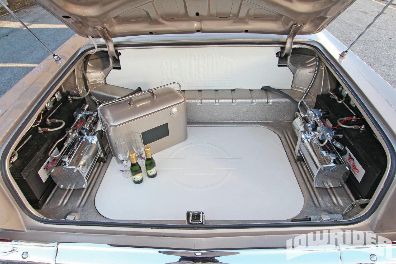 1964 Lowrider Impala Champagne Ice