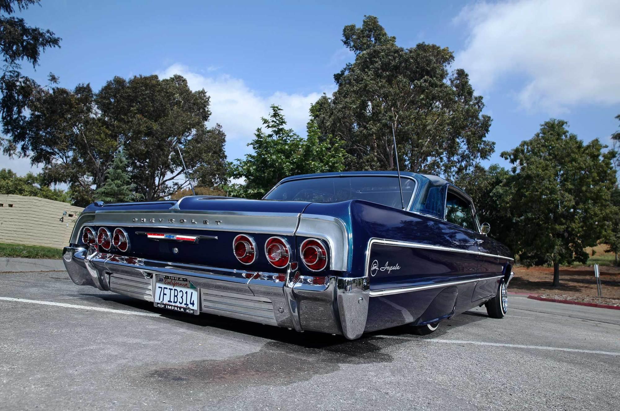 hight resolution of 1964 chevrolet impala rear bumper tail light