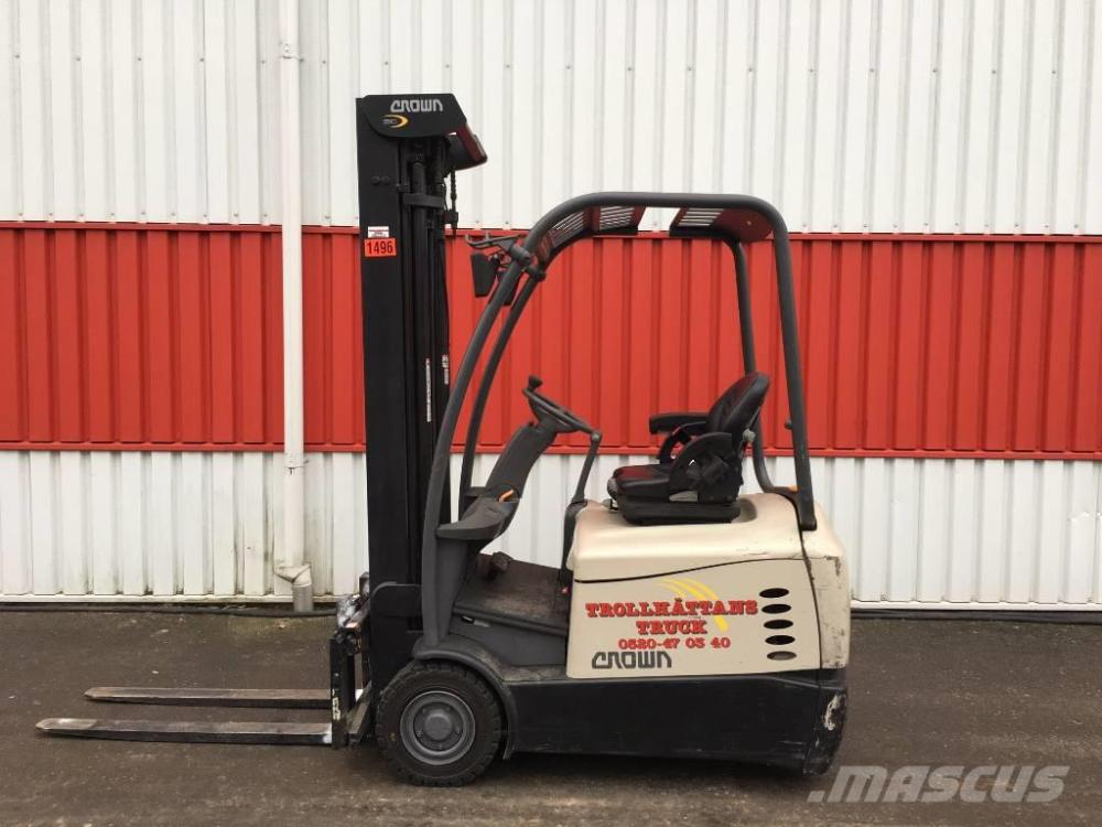 medium resolution of crown sc 5320 1 6 2012 electric forklifts