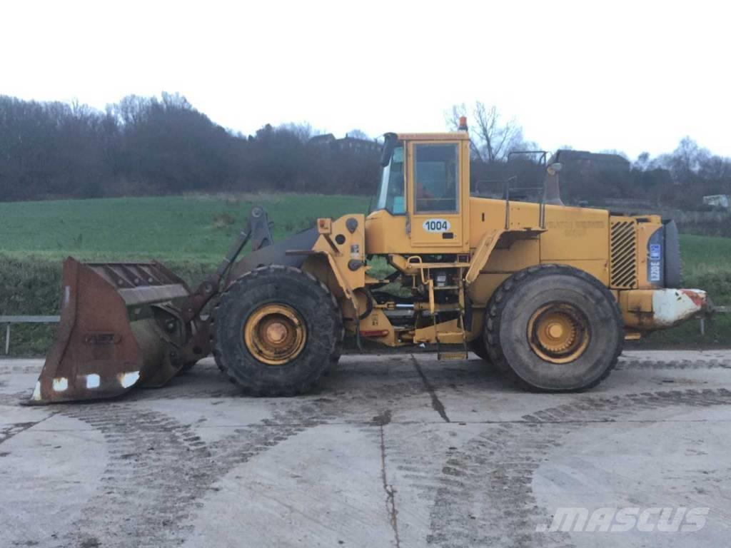 Used Volvo L220E wheel loaders Year: 2002 Price: US
