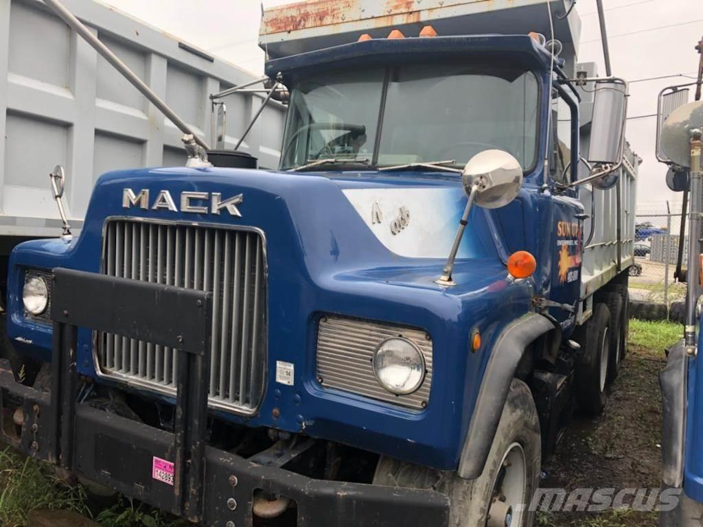 hight resolution of mack dm685s 1984 dump trucks