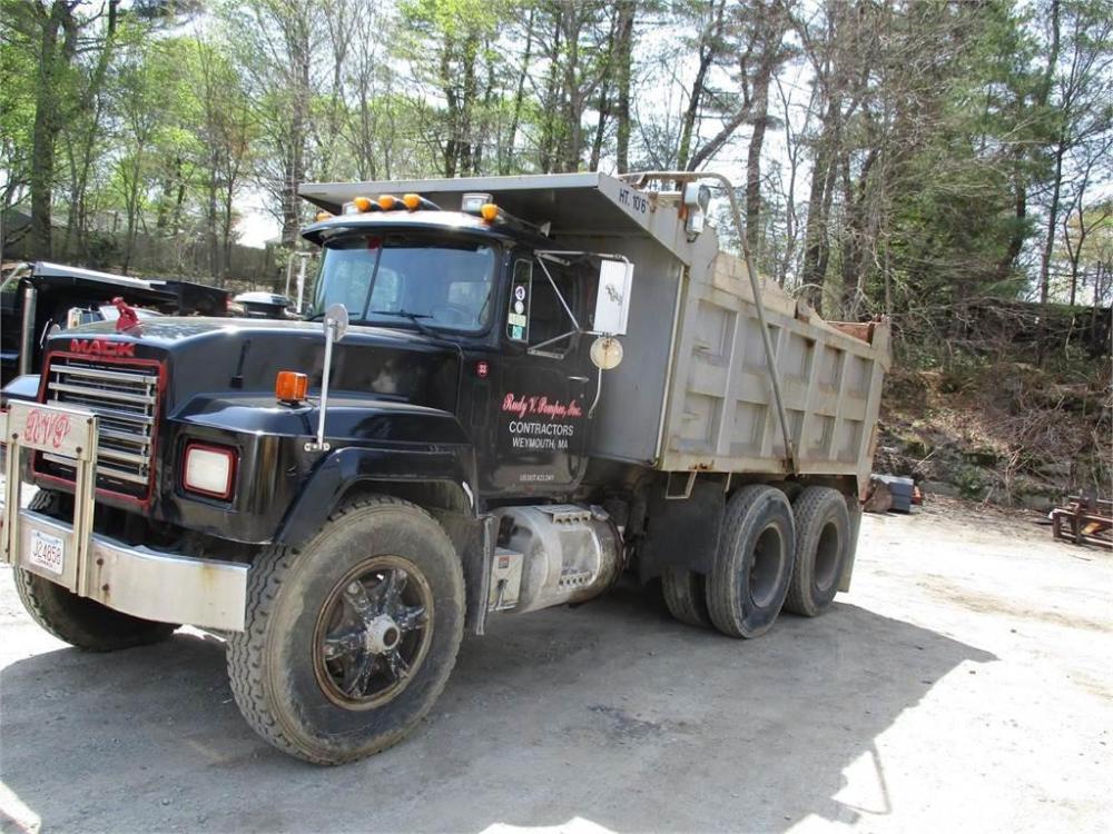 medium resolution of mack rd688sx 1995 dump trucks