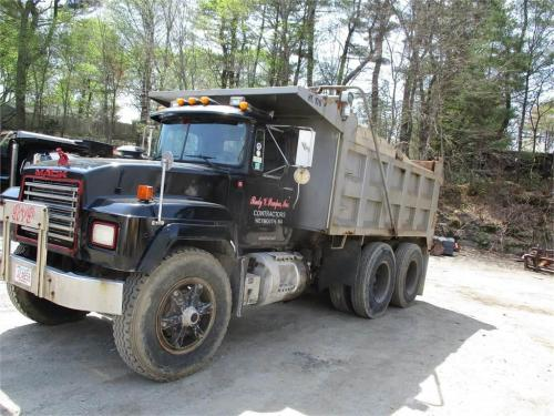 small resolution of mack rd688sx 1995 dump trucks