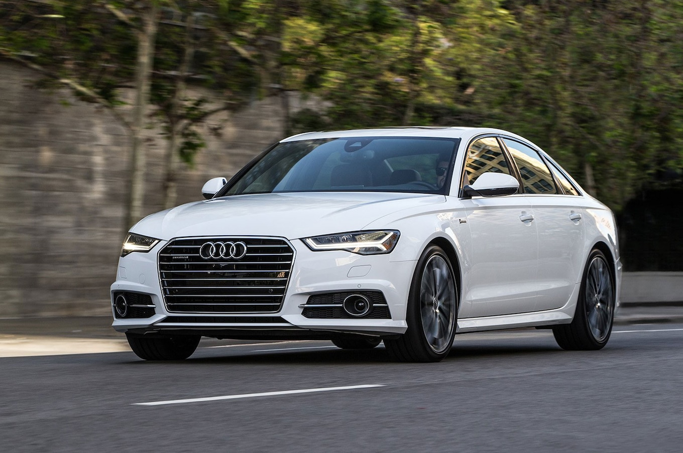 hight resolution of 2016 audi a6 3 0t front three quarter in motion 02