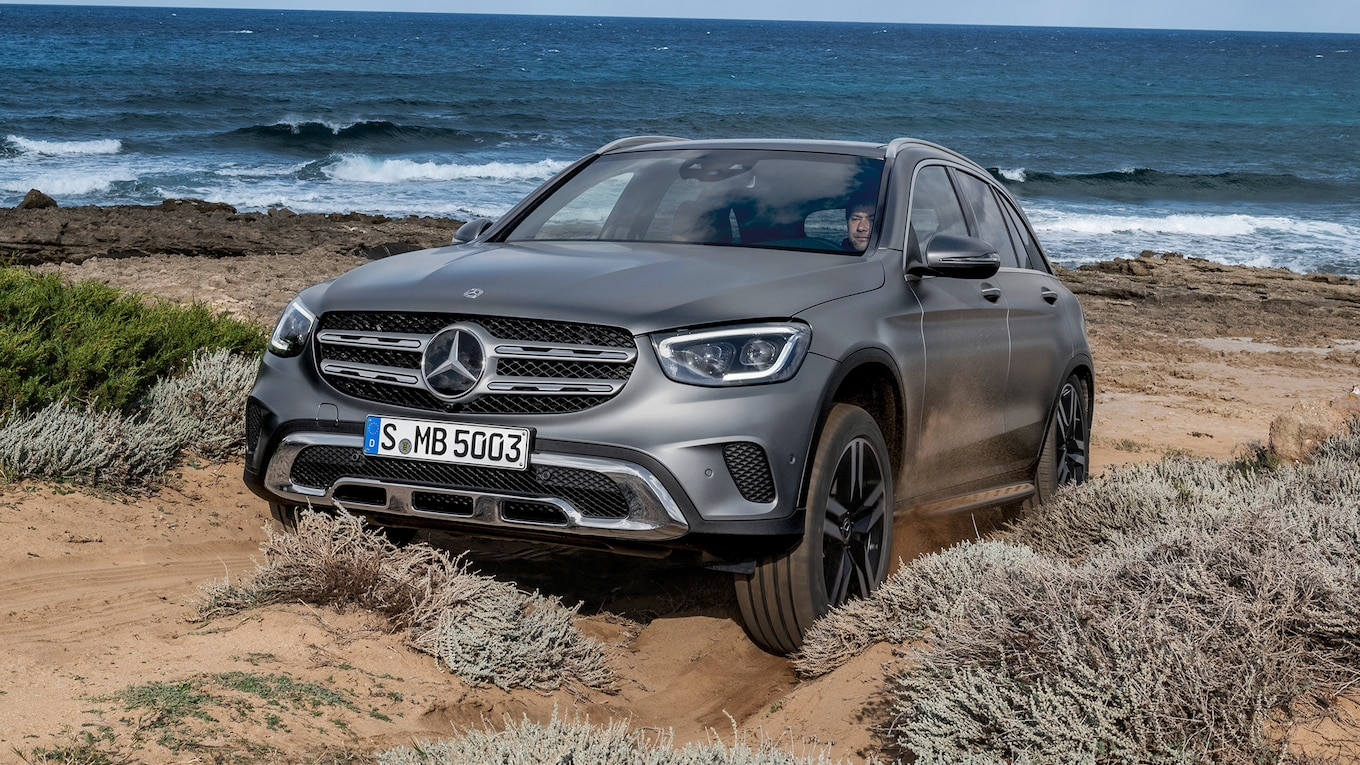 2020 Mercedes-Benz GLC-Class Gets a Face-Lift and More Power - Motor Trend Canada