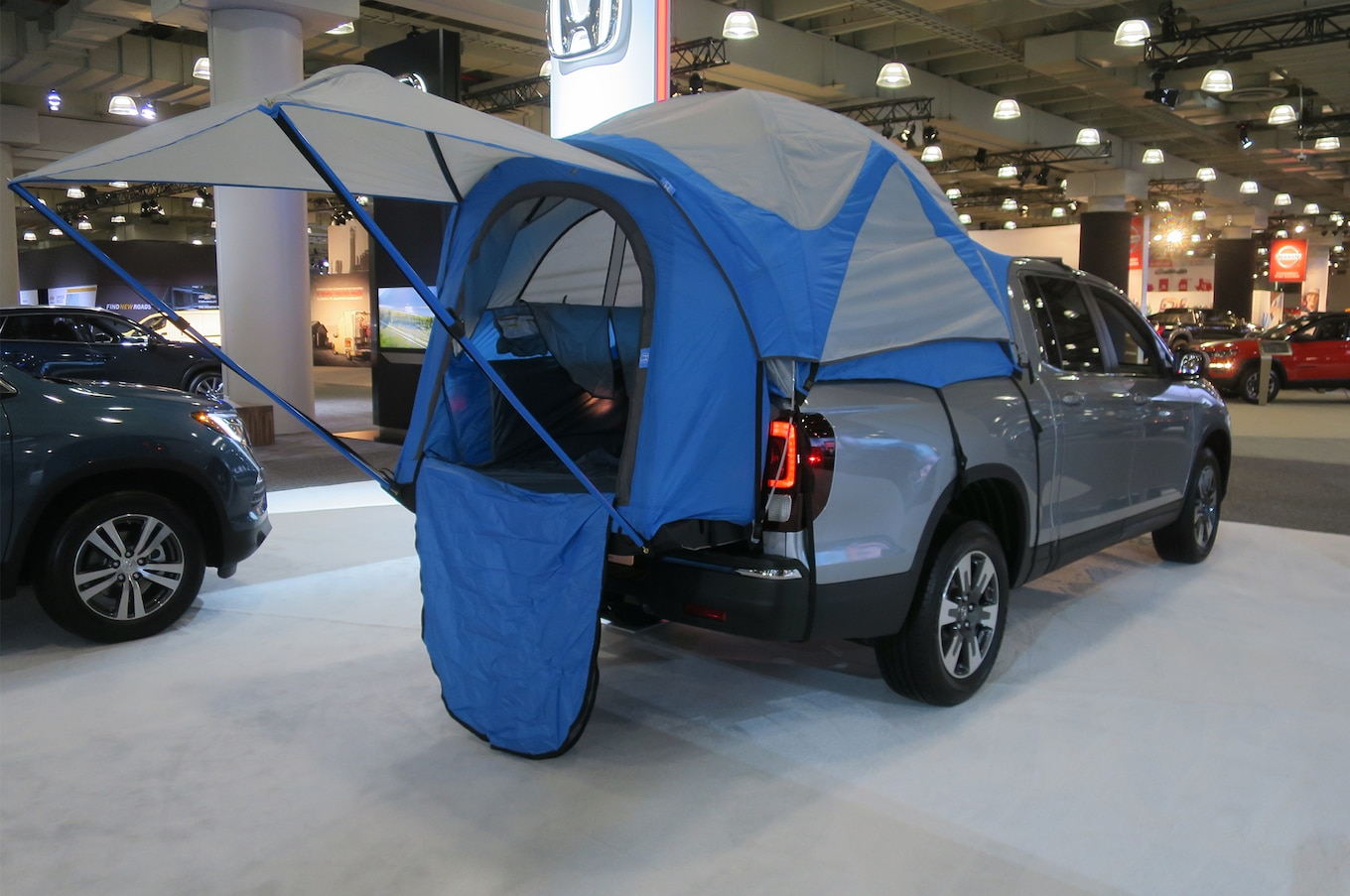 The honda accord tops the list of most popular cars year after year. Happy Glampers: Custom Bed Tent Now Available for Honda