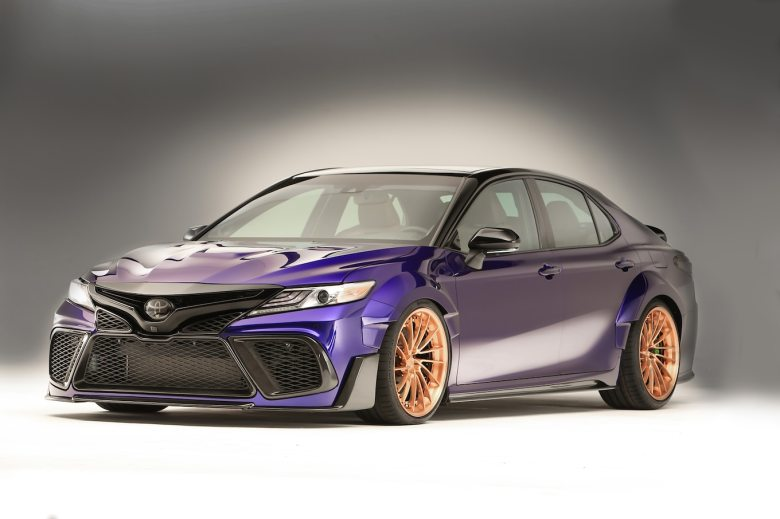 Toyota Debuts 5 NASCAR Takes on the 2018 Camry at SEMA - Motor Trend Canada