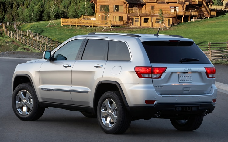 2011 2014 Jeep Grand Cherokee Road Tires