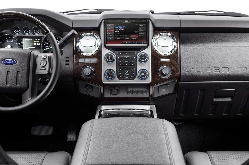 medium resolution of 2013 ford f350 super duty platinum navigation 2013 ford f 350 reviews and rating motor trend
