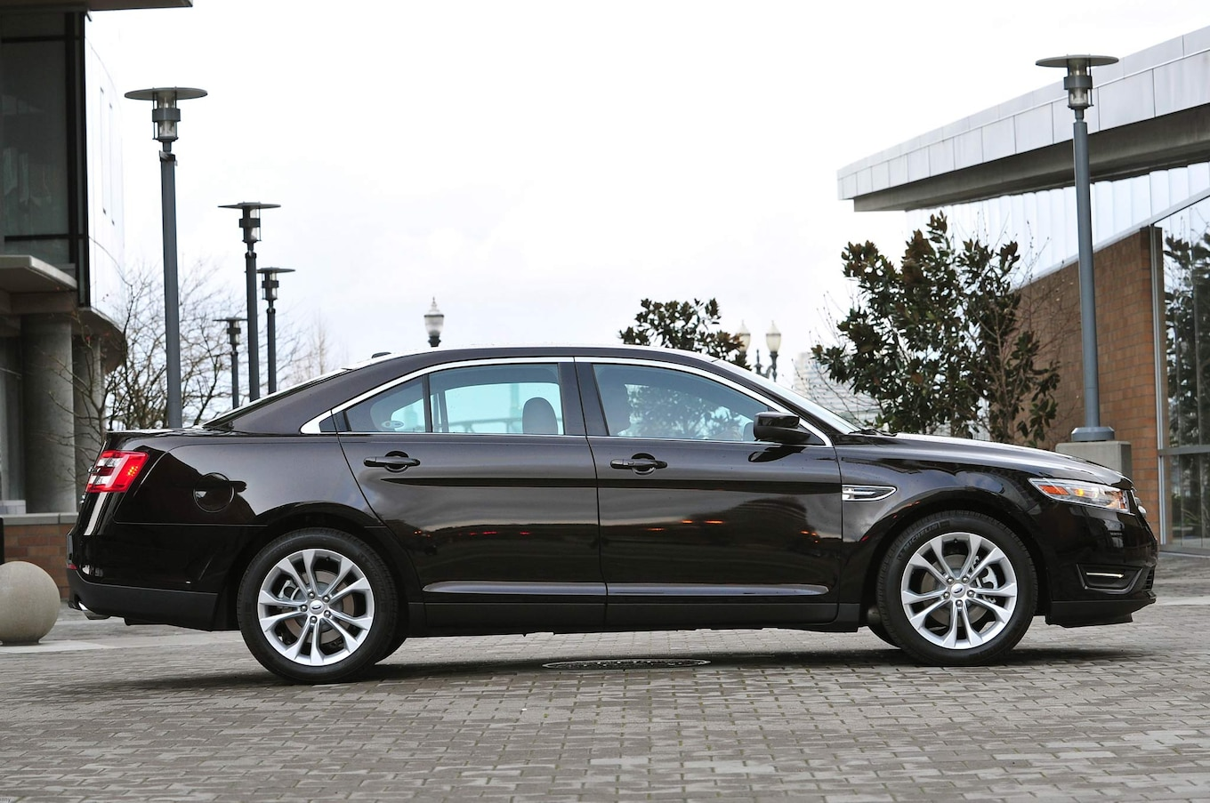 hight resolution of 2013 ford taurus 24 207