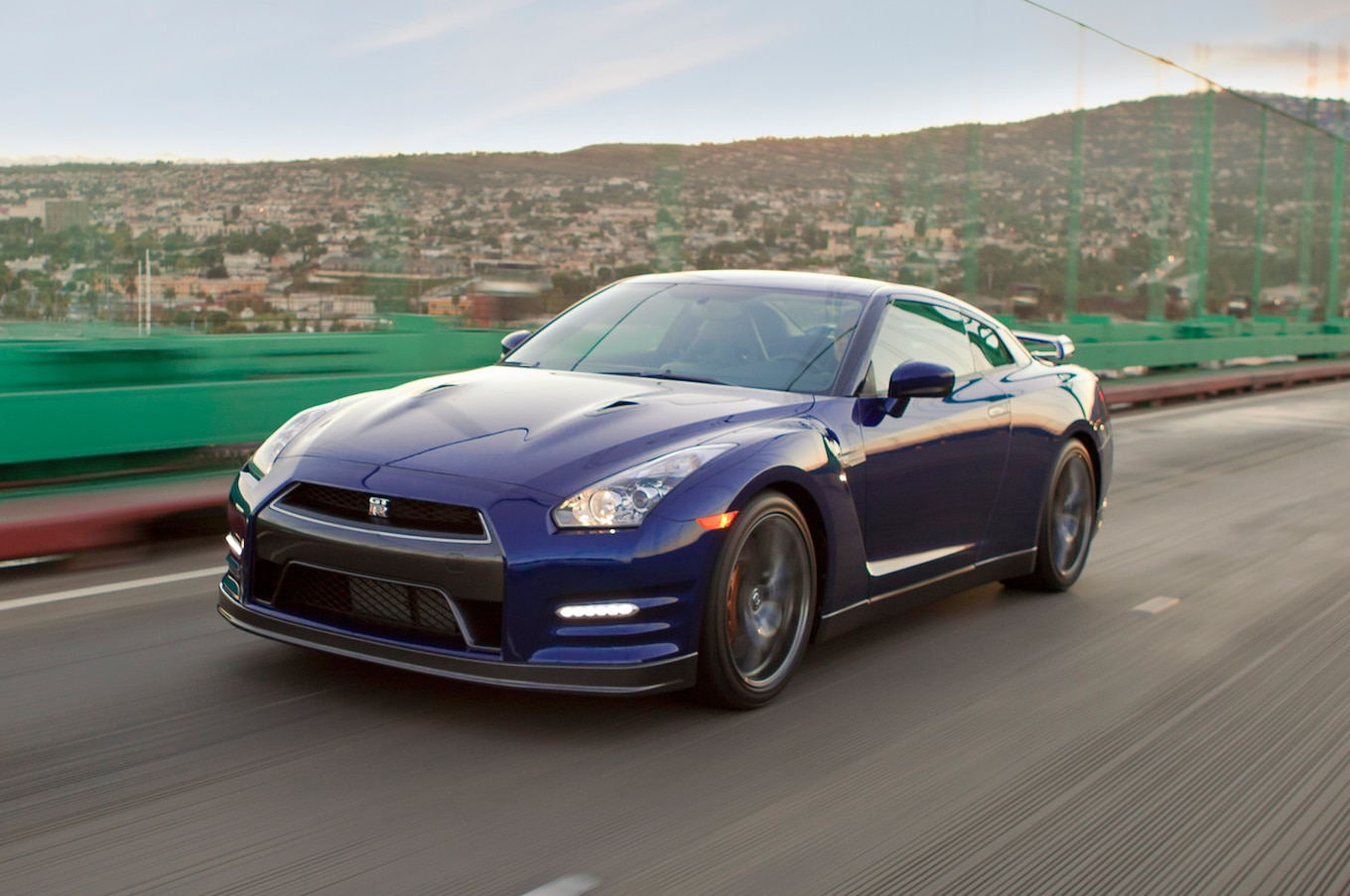 2013 Nissan Gtr Reviews And Rating  Motor Trend
