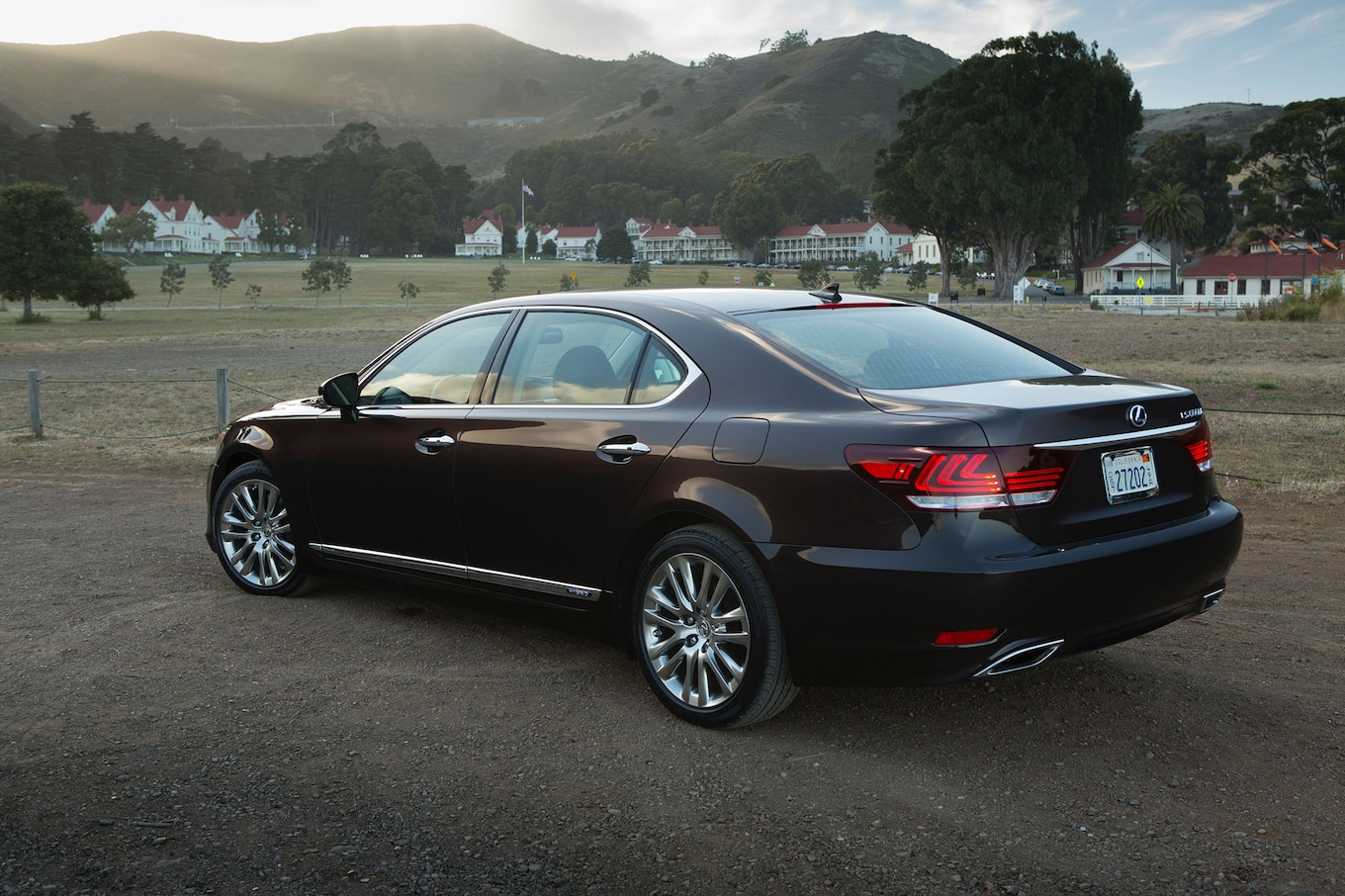 2013 Lexus LS600h Reviews and Rating