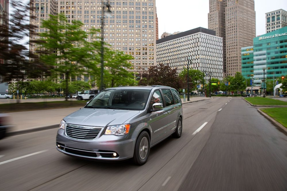 medium resolution of 2014 chrysler town and country 30th anniversary edition