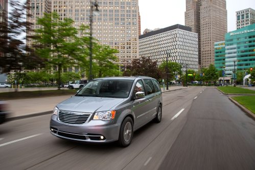 small resolution of 2014 chrysler town and country 30th anniversary edition