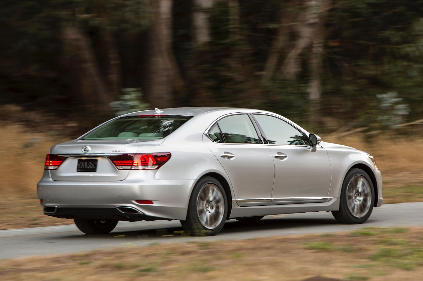 2015 Lexus LS460 Reviews and Rating