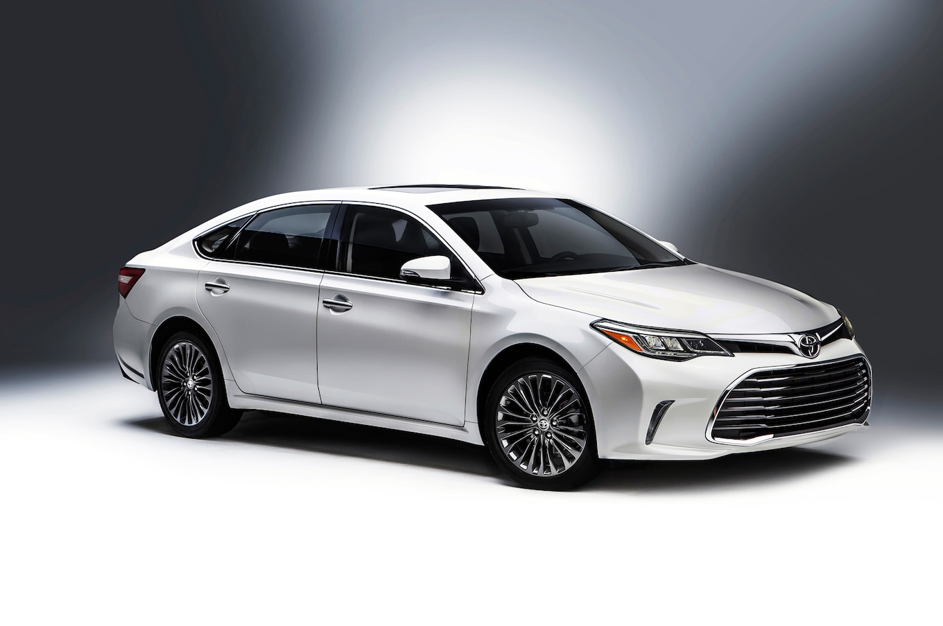 2016 Toyota Avalon Reviews and Rating