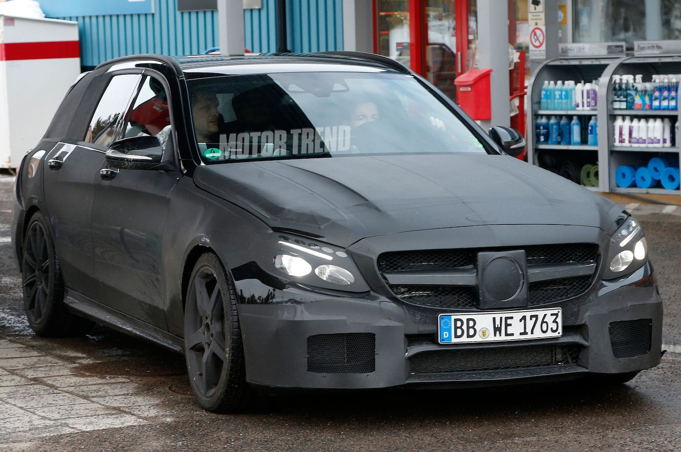 hight resolution of mercedes benz c63 amg