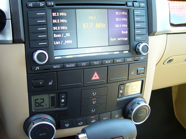 vw touareg radio wiring diagram assembly line 2005 volkswagen reviews and rating motortrend 14 18